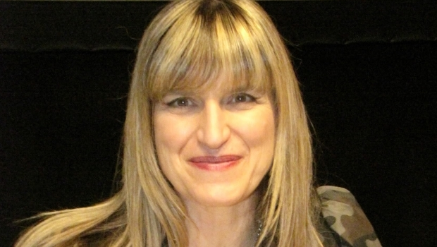 CATHERINE HARDWICKE IN TALKS TO DIRECT HORROR THRILLER 'WISH UPON'