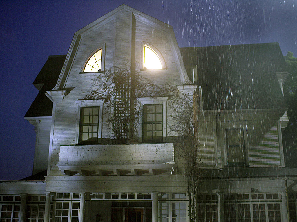 THE AMITYVILLE HOUSE IS UP FOR SALE