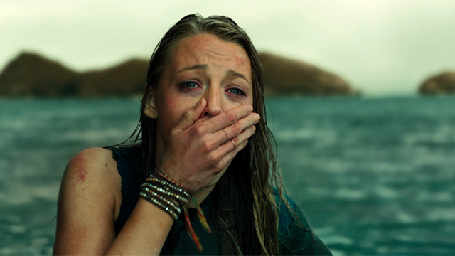 THE SHALLOWS: FILM REVIEW